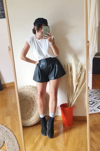 Skirty leather shorts