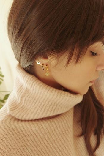 Gold set of earrings