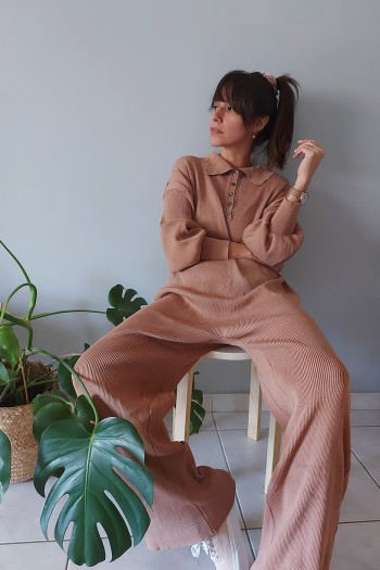 Ribbed and unique jumpsuit
