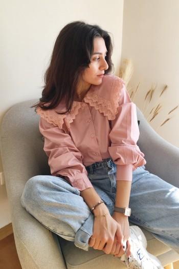 Khloe shirt with ruffled collar