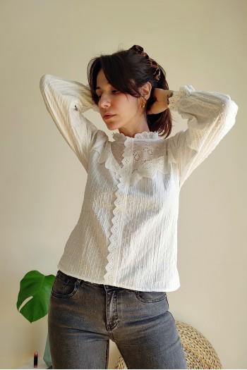 Lacework white shirt