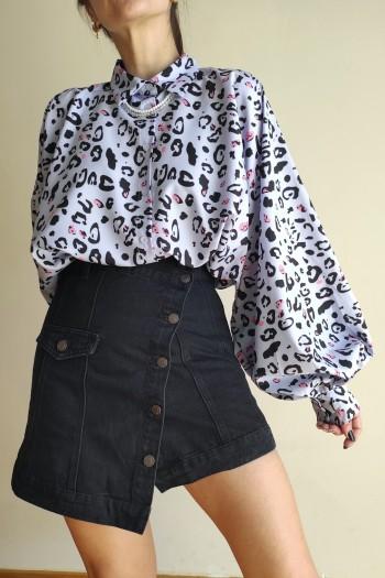 Uneven black skirt