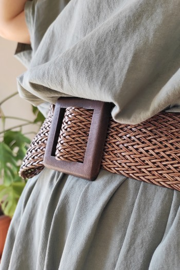 Fake leather braided belt