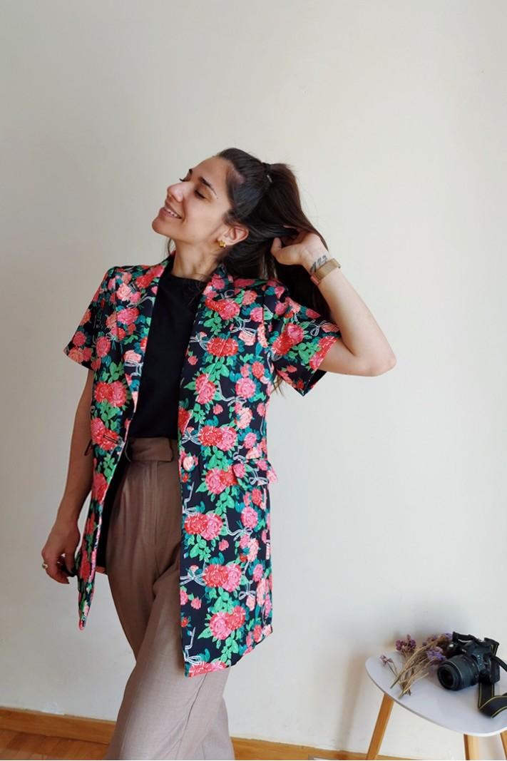 Flower-patterned blazer