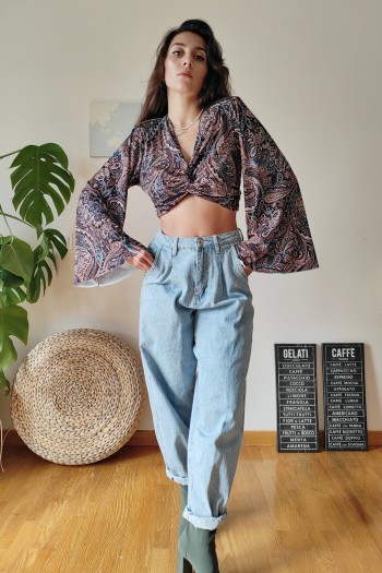 Front knot paisley top
