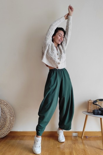 Slouchy and loud trousers